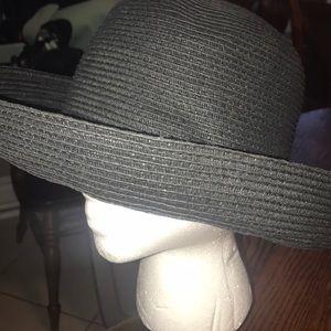 Woven Straw Ladies Black Hat